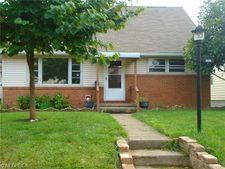 2638 Saint Elmo Ave Ne, Canton, OH 44714