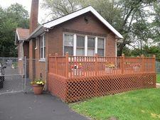 816 Elkhart St, Gary, IN 46403