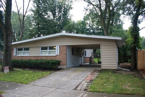 327 Sioux St, Park Forest, IL 60466