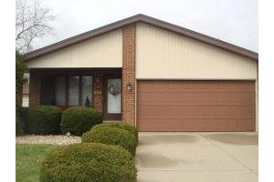 91 Frances Ln, Chicago Heights, IL 60411