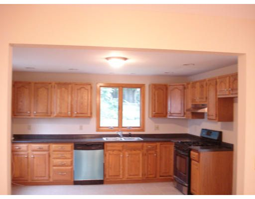 Great 99 Thornton St, Lawrence, MA 01841