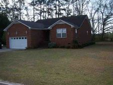 610 Fairway Dr, Johnsonville, SC 29555