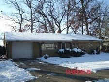 3724 Brentwood Dr, South Bend, IN 46628