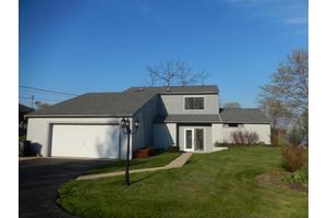 1655 Chickasaw Dr, London, OH 43140