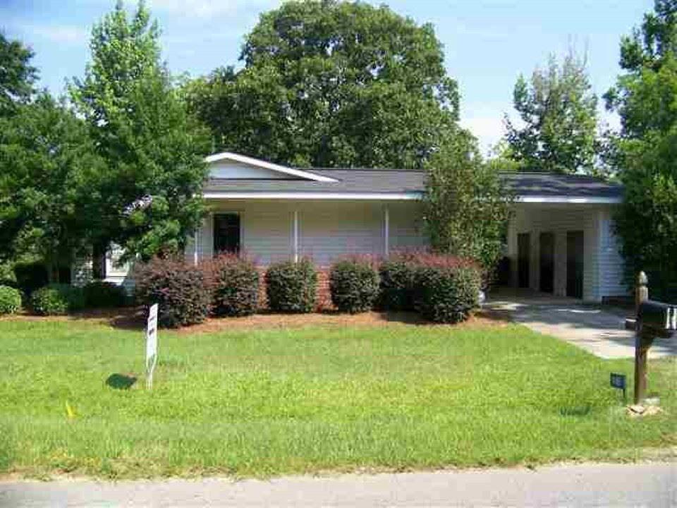 140 Watson St, Hawkinsville, GA 31036 - realtor.com®
