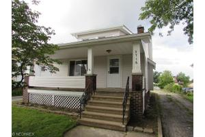 3716 Walter Ave, Parma, OH 44134