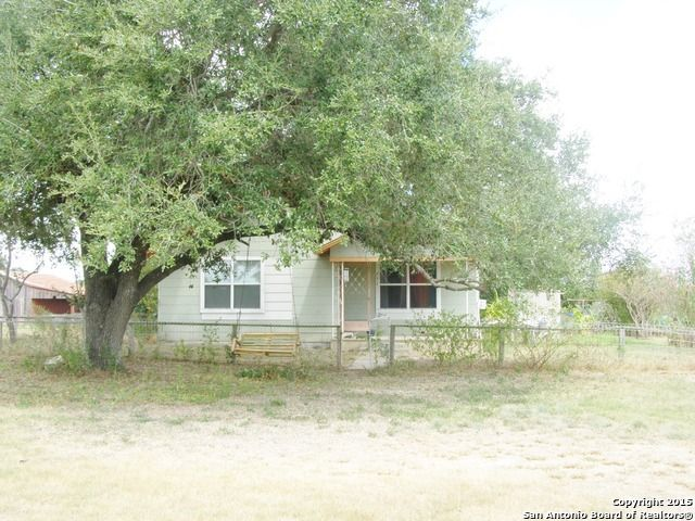 751 county road 120 floresville tx 78114 home for sale and real estate listing