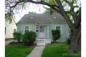 14684 Agnes Ave, Eastpointe, MI 48021