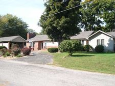 15747 E Fairfield Rd, Mt. Vernon, IL 62864