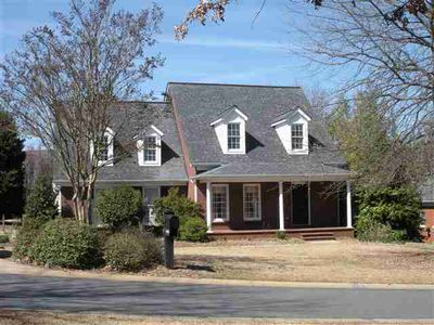 103 Country Walk Ln, Clemson, SC