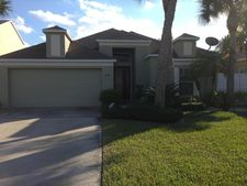 385 Barnacle Ln, Indialantic, FL 32903