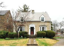 147 Conover Rd, Point Breeze, PA 15208