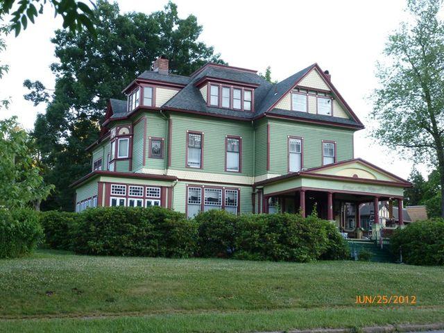 315 W 1st St, Oil City, PA 16301 - realtor.com® Realtor.com Pennsylvania