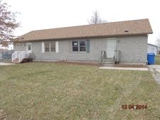 125 N Calkey St, Diamond, IL 60416