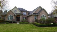 47611 Manorwood Dr, Northville, MI 48168