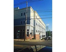75 Walnut St Unit 302, Peabody, MA 01960