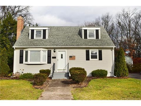 284 S Elm St, Windsor Locks, CT 06096