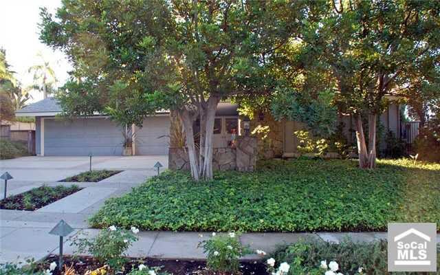 1840 Avenida San Lorenzo, Fullerton, CA 92833