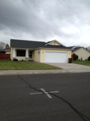 124 Nw Spagnuolo Loop, College Place, WA 99324