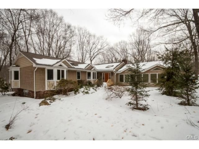 115 Vista Dr, Easton, CT 06612
