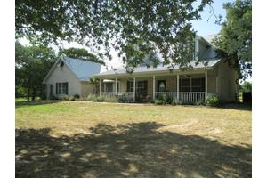 2000 Hodges Rd, Poolville, TX 76487