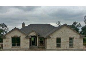 181 Great Oaks Blvd, La Vernia, TX 78121