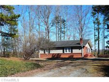 2830 Sowers Rd, Lexington, NC 27299
