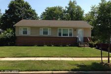7537 Newberry Ln, Lanham, MD 20706