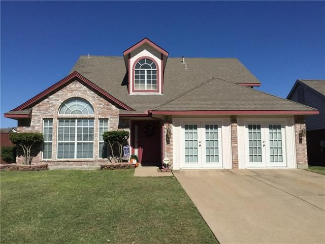2824 Harvard Dr, Grand Prairie, TX 75052  Home For Sale and Real Estate Listing  realtor.com®
