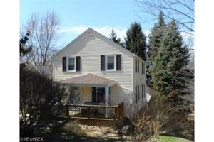 1310 Brownstone Ave, Akron, OH 44310