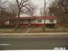 1453 Straight Path, Wyandanch, NY 11798
