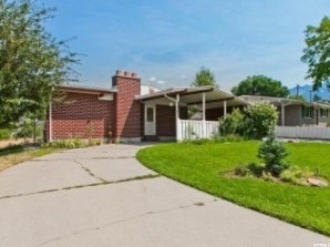 1241 E Forget Me Not Ave S, Sandy, UT 84094