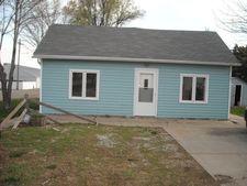 101 W Cedar St, Doniphan, NE 68832