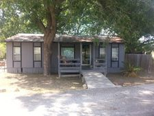 106 Martinez Ln, Mcqueeney, TX 78123