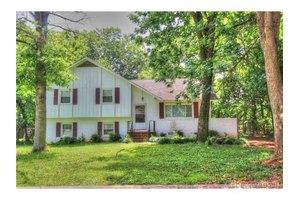 6009 Pepperhill Rd, Charlotte, NC 28212