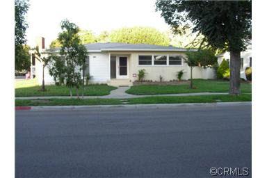 2740 Golden Ave, Long Beach, CA 90806