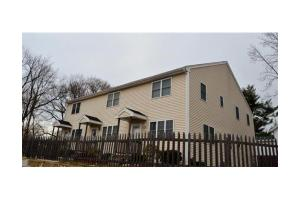 89 W Carpenter St # 1, Attleboro, MA 02703