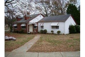 2801 Cowles Rd, Charlotte, NC 28208