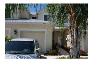 360 Harbor Ridge Dr, Palm Harbor, FL 34683