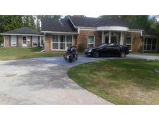 9230 Tara Dr, New Port Richey, FL 34654
