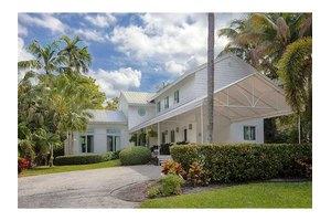 2095 Lake Ave, Miami Beach, FL 33140