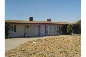 2039 Columbia Way, Palmdale, CA 93551