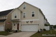 30586 Cassie Ln, New Baltimore, MI 48051