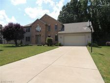 1298 Victory Hill Ln, Youngstown, OH 44515
