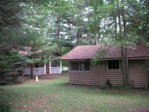 10837 Whispering Winds Dr, Trade Lake, WI 54837