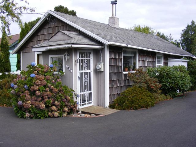 1289 se eagle view ln waldport or 97394 home for sale