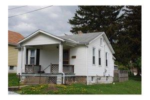 1120 Wilson Ave, Zanesville, OH 43701