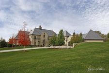 112 Braeburn Rd, Barrington Hills, IL 60010