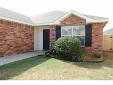 2120 Biggs St, Fort Worth, TX 76177