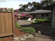 350 Sw South Point St, Depoe Bay, OR 97341